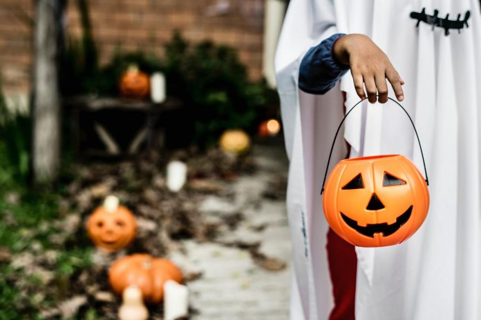 Halloween 2020: Tips to Stay Safe While Trick-or-Treating