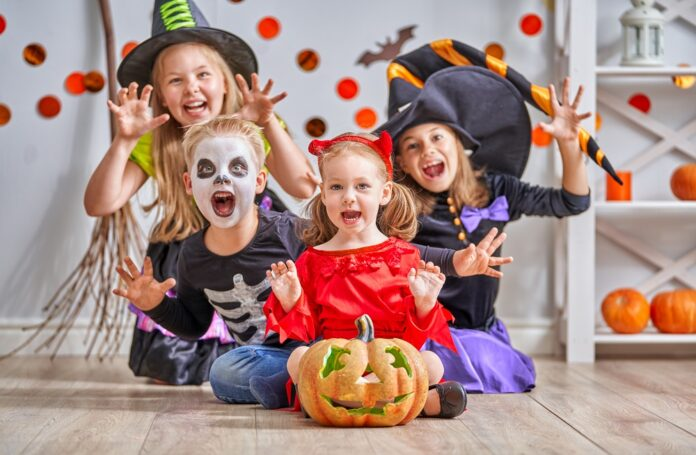 Should You Make Or Buy Kids Halloween Costumes?